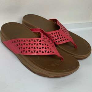 FITFLOP Sz 8 Coral Leather Comfort Thong Sandals